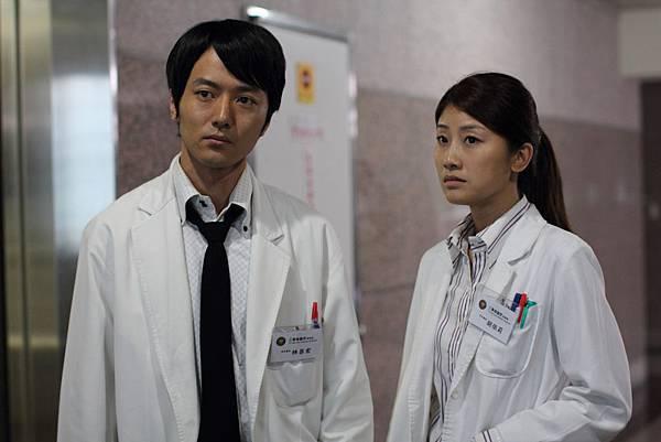 朱芷瑩與蔭山征彥兩位實力派演員聯手演出