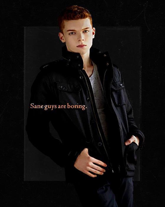 Mason Ashford(Cameron Monaghan )