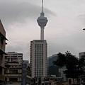 吉隆坡塔-右下角粉紅粉紅那間就是失火的陽春飯店