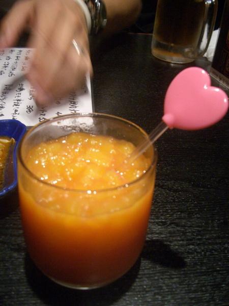 芒果柳橙調酒