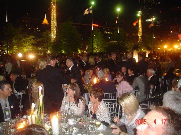 和主席俱樂部只隔一桌之差-VIP晚宴(奧林匹克公園)
