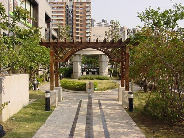 中庭花園02.JPG