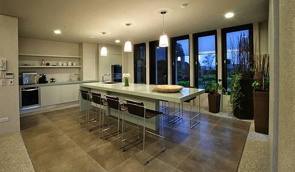 頂樓廚房.jpg