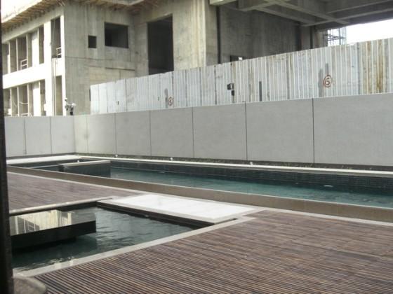露天游泳池.jpg