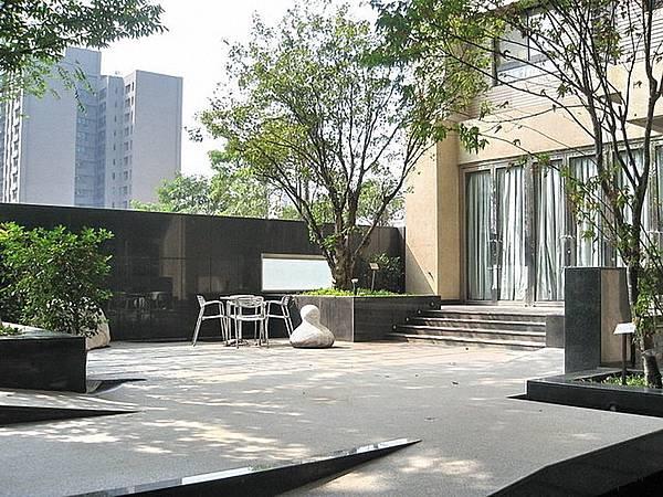 中庭03.jpg