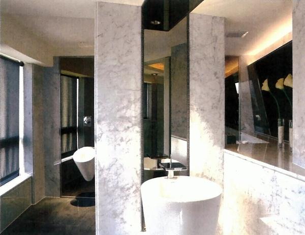 公共衛浴.jpg