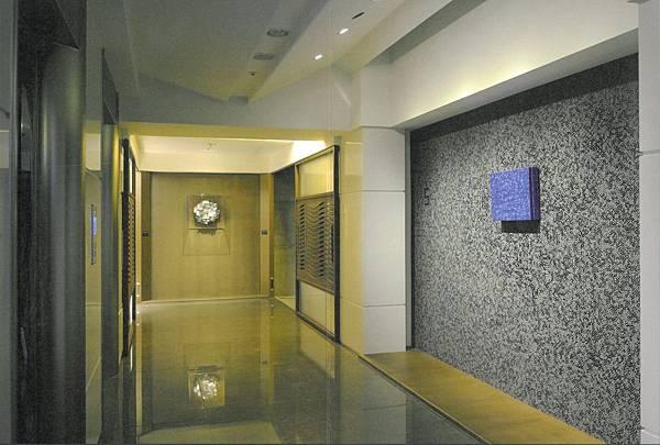 梯廳.jpg
