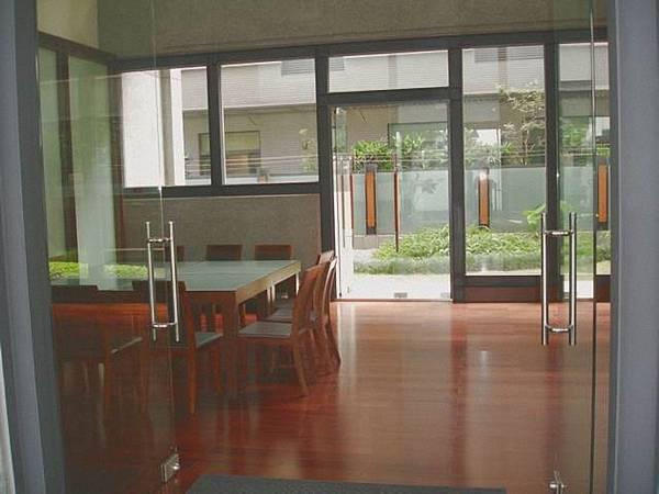 閱覽室.jpg