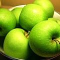 apple-2-1464607-640x480.jpg