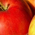 apple-1-1551617-640x480.jpg
