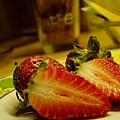 strawberry-01-1537710-640x480.jpg