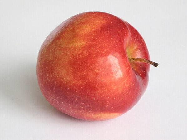 apple-1324874-640x480.jpg