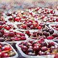 cherries-1433525_640.jpg