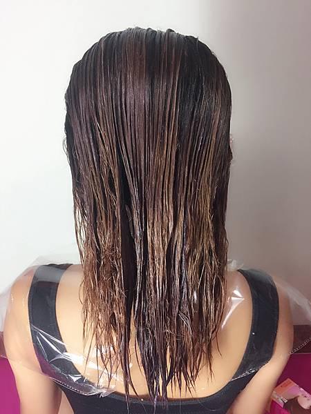 染髮劑, 卡樂芙, 卡樂芙染髮霜, 卡樂芙染髮劑, 染髮, 顯色, 染髮推薦, 護髮染, 自己染, 甜美杏桃棕