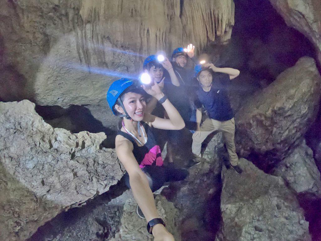 菲律賓碧瑤自由行-碧瑤旅遊必去景點,Aran cave洞穴的地心冒險!【丁小羽旅遊篇】