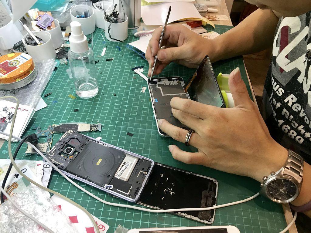 台北板橋手機維修中心-APPLE CENTER旗艦店!小羽的蘋果手機快速維修