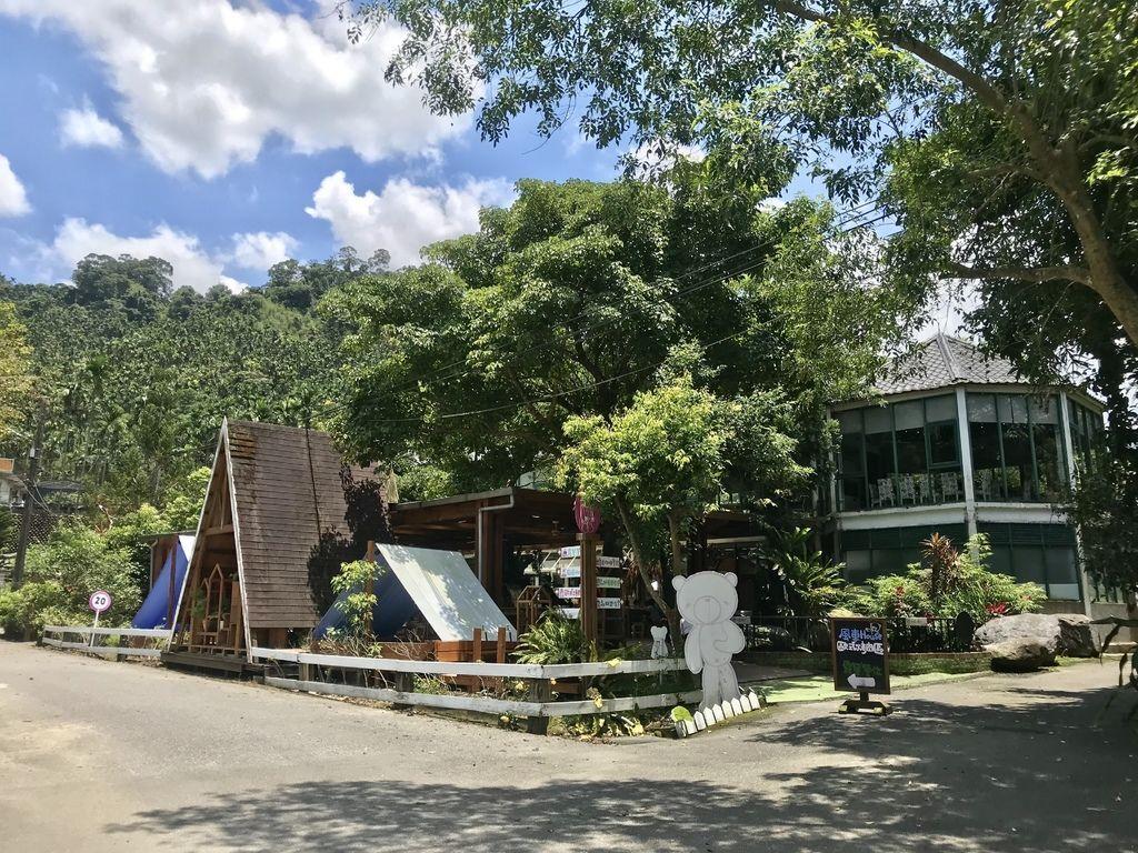 新北景點-三峽皇后鎮森林!露營,烤肉,游泳一次滿足【丁小羽旅遊篇】