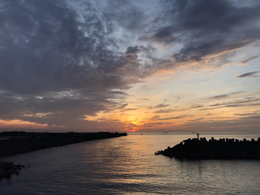 基隆旅遊之基隆一日遊必拍北海岸日出基隆景點-社寮橋【丁小羽旅遊篇】