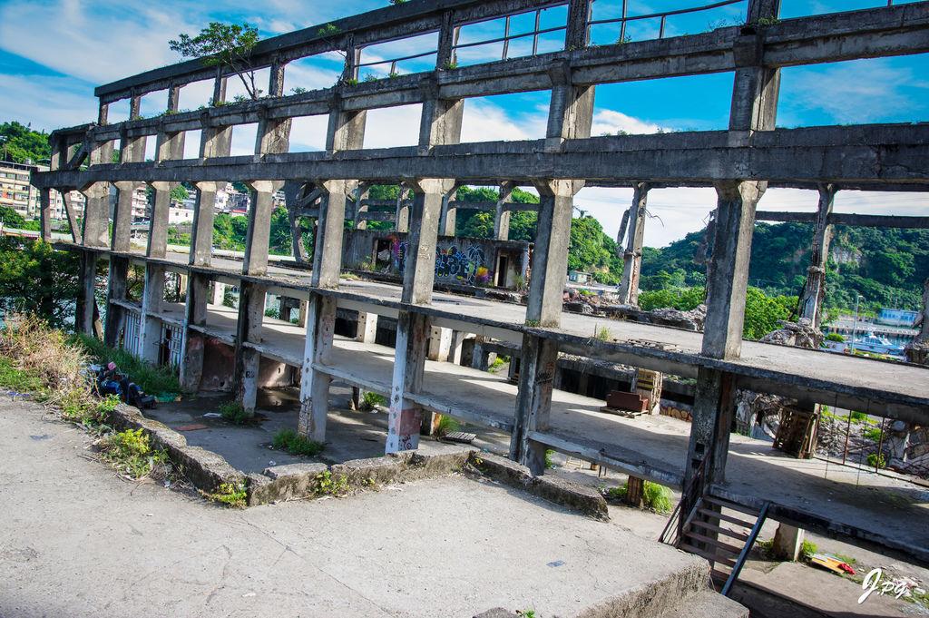 基隆一日遊的基隆新景點-阿根納造船廠遺址!廢墟拍照的絕美場景