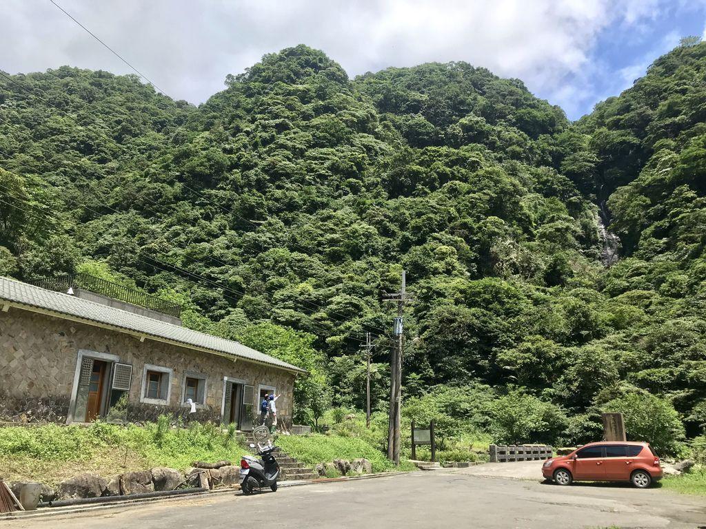 新北登山-瑞芳景點-探訪大粗坑古道及貓咪天堂-猴硐貓村