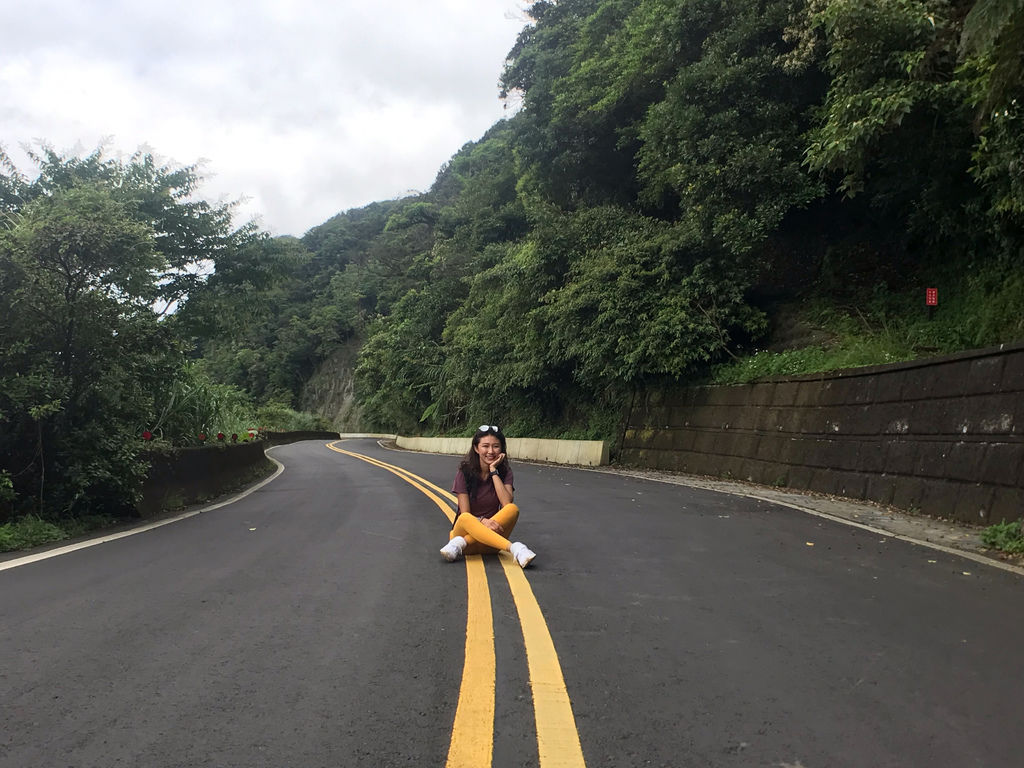 新北登山-瑞芳景點-走訪金字碑古道、寂寞公路跟不厭亭【丁小羽登山篇】