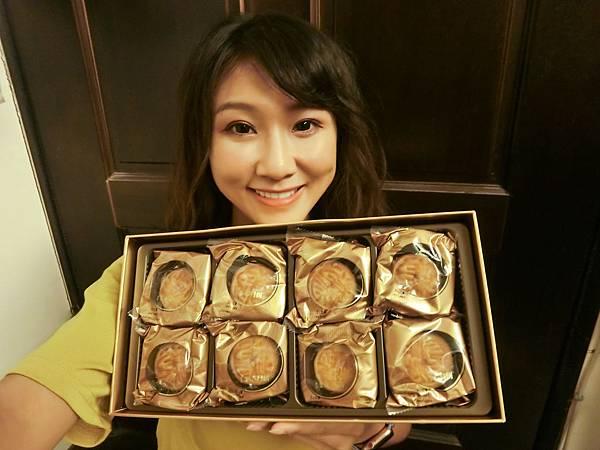 中秋月餅-香港美心月餅!流心奶黃口味,讓你一吃就停不下來!