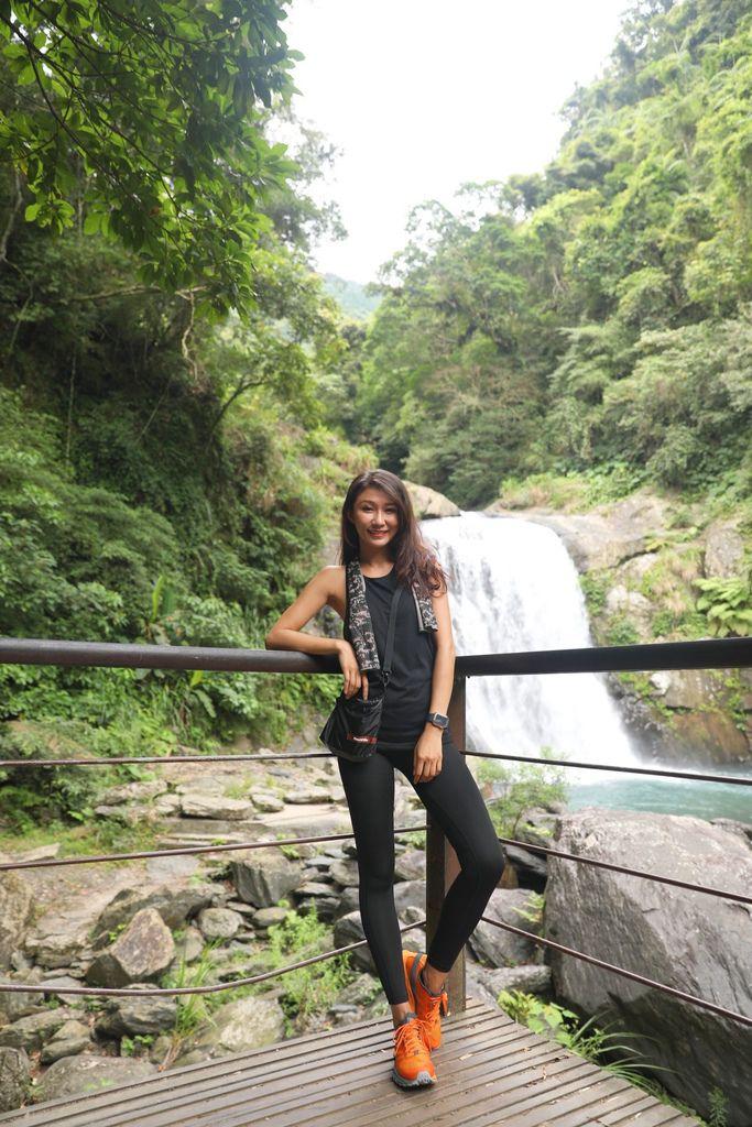 烏來景點-隱藏在內洞森林遊樂區的內洞瀑布!一起欣賞壯觀的雙層大瀑布