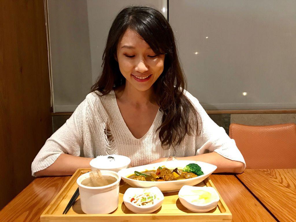 三重素食推薦-日式風格的素食餐廳-三重素食堂