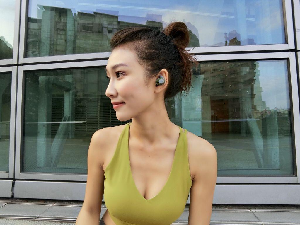無線藍牙運動耳機推薦-Nuarl-NT100!是你在運動、登山的好選擇