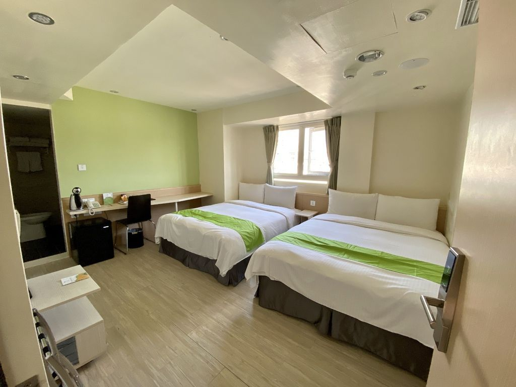 台中住宿推薦-逢甲夜市旁的台中飯店,台中的低碳旅館-葉綠宿旅館