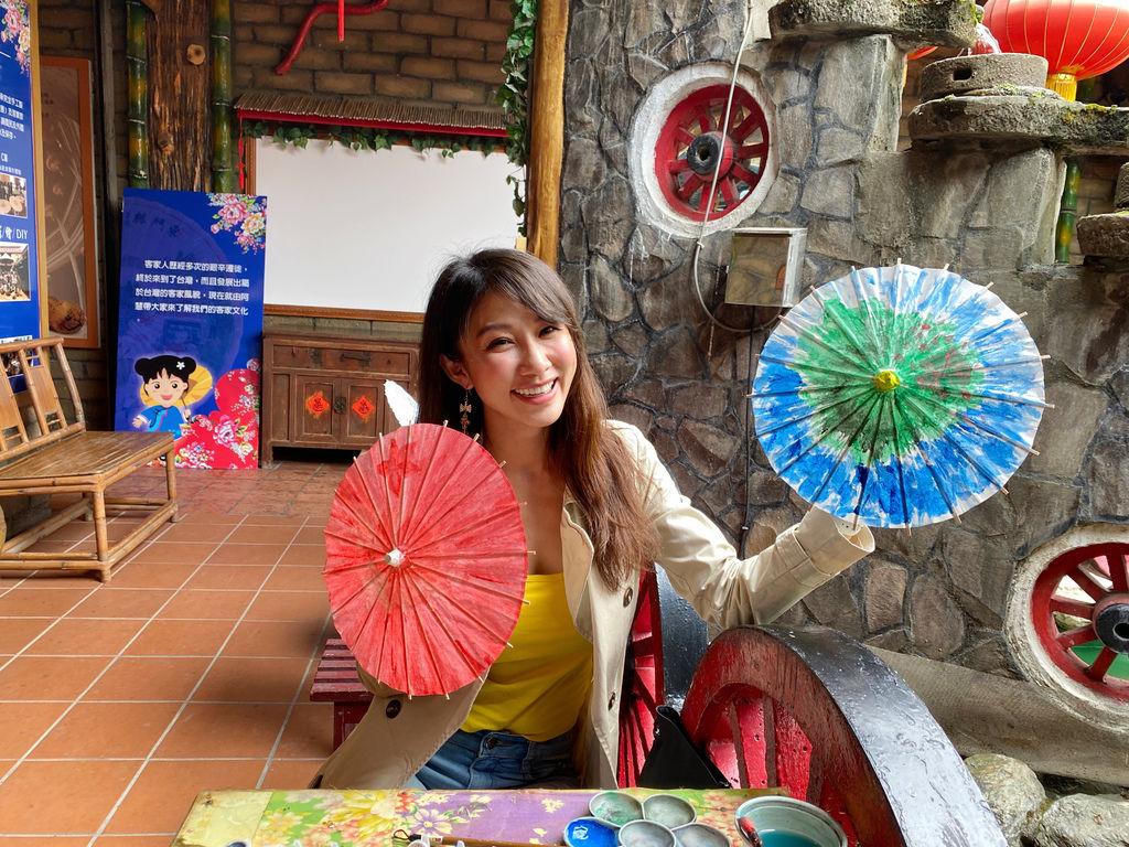 高雄美濃景點-到原鄉緣紙傘文化村體驗美濃油紙傘跟客家擂茶