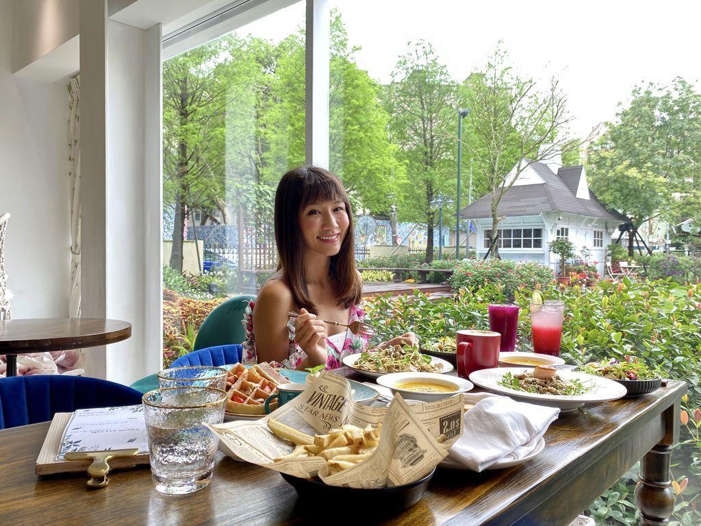 桃園平鎮美食-超夢幻的平鎮咖啡廳!來Amour阿沐咖啡吃美食享受浪漫時光