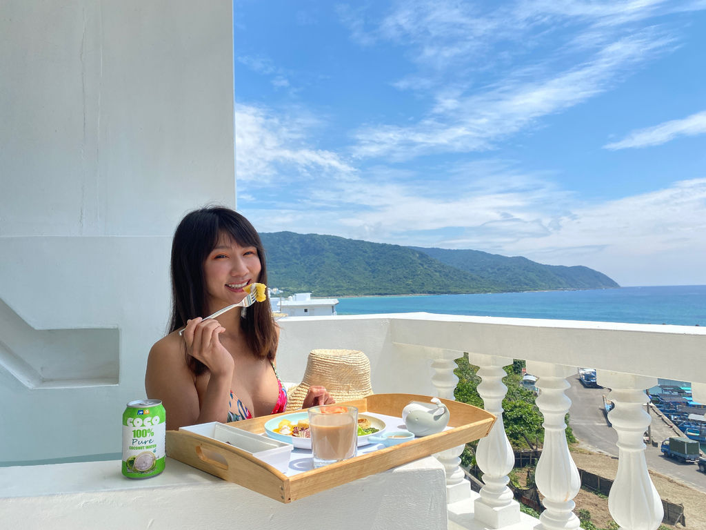屏東住宿推薦-屏東滿州鄉的白色領地民宿,給你一望無際的絕美海景