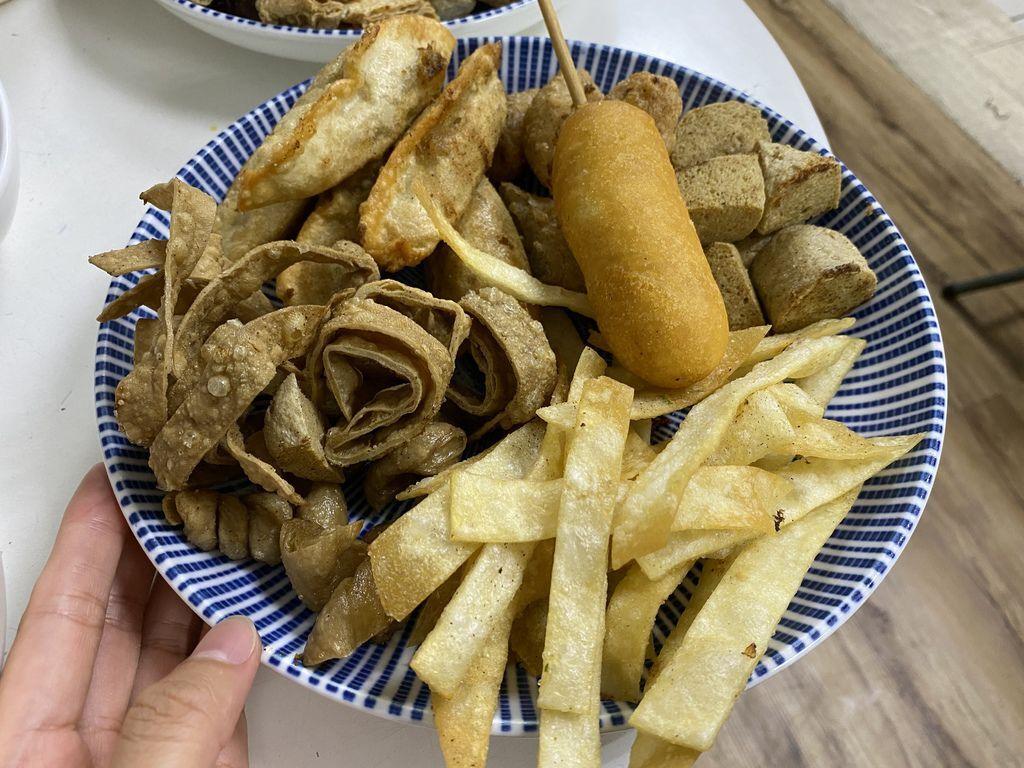 桃園中壢的素食滷味-素讚滷炸麻辣燙,是你吃素食宵夜的好選擇