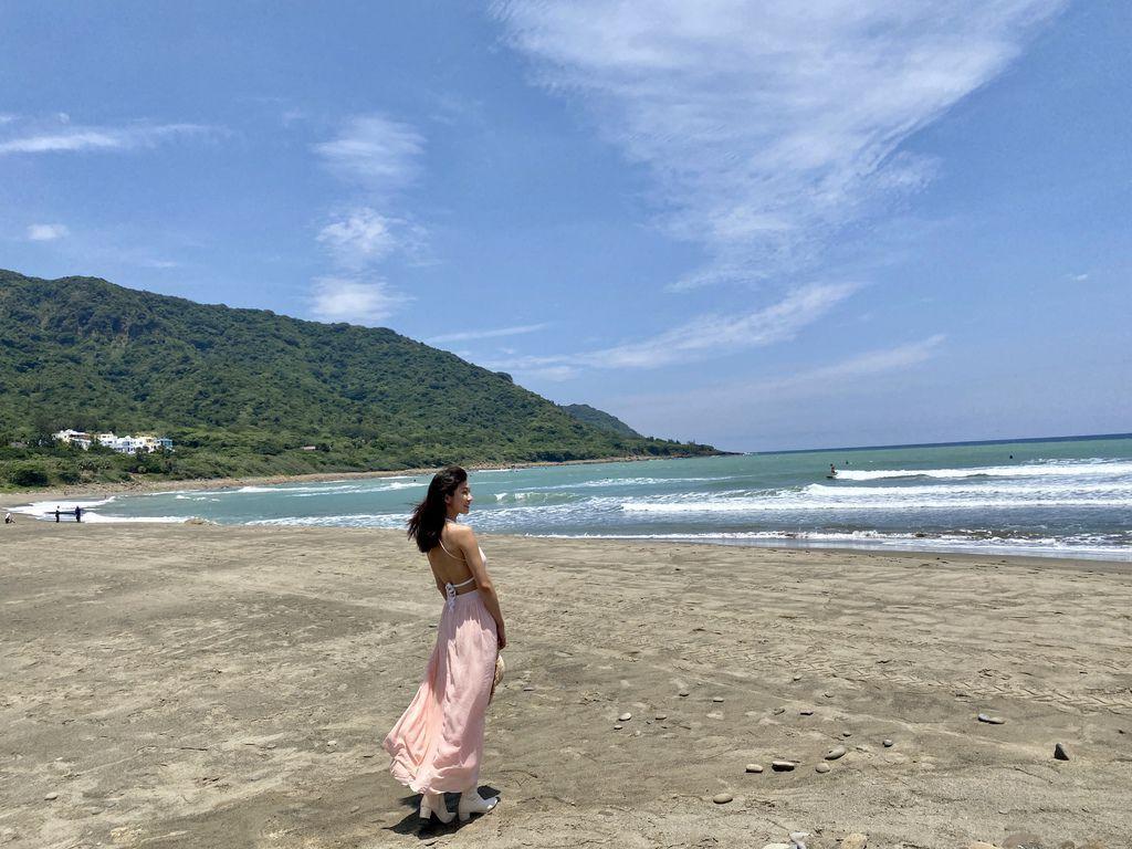 屏東滿州景點-衝浪客的衝浪聖地、無人的私房景點-港口沙灘