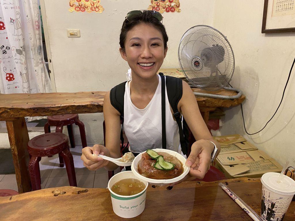 九份美食-金枝紅糟素肉圓,九份老街唯一的素食肉圓店