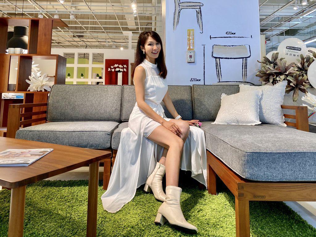 柚木家具的第一品牌-詩肯柚木進駐八德家樂福店