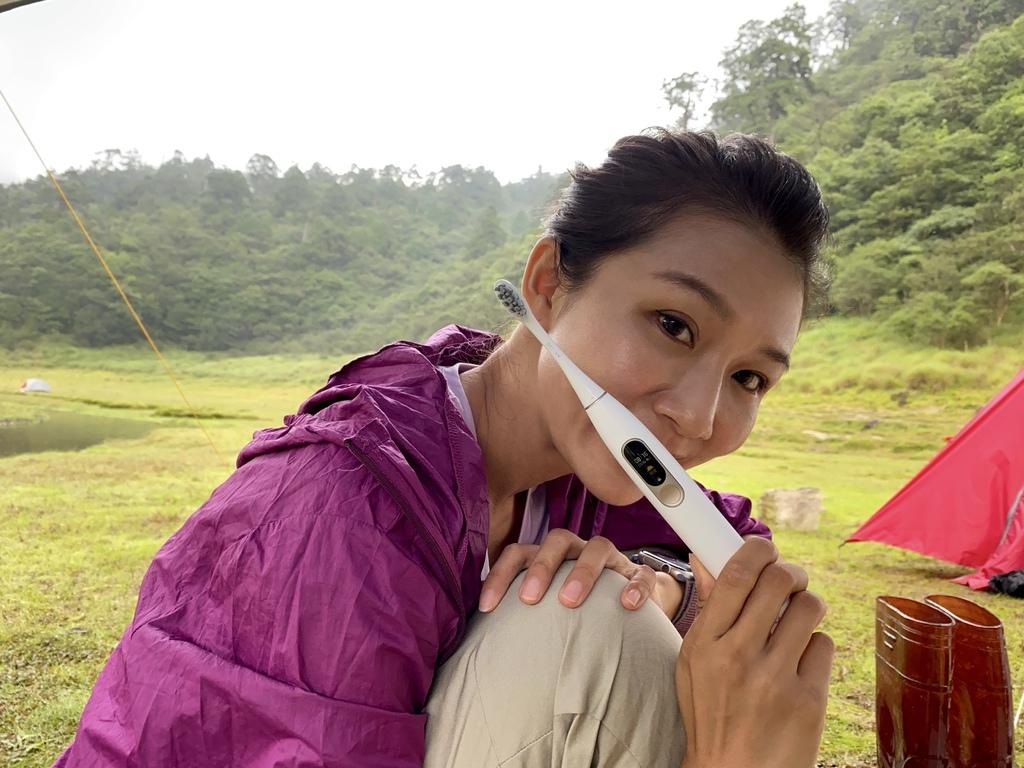 Oclean歐可林-智能音波電動牙刷OcleanX專業版,出遊清潔牙齒要靠它