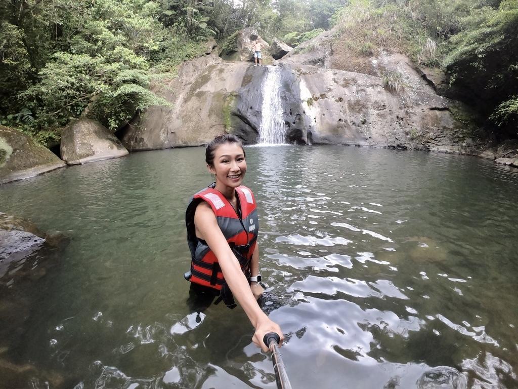 平溪瀑布景點-幽靜、適合沉澱心情的私房瀑布景點-灰窯瀑布