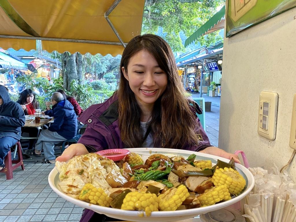 三峽素食滷味-白雞行修宮的吳媽媽大溪豆乾,好吃的三峽美食