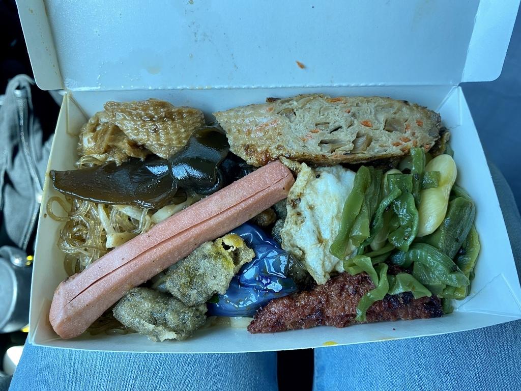 小琉球吃素食的好地方-佛心素食!自助餐的菜色豐富、價格親民
