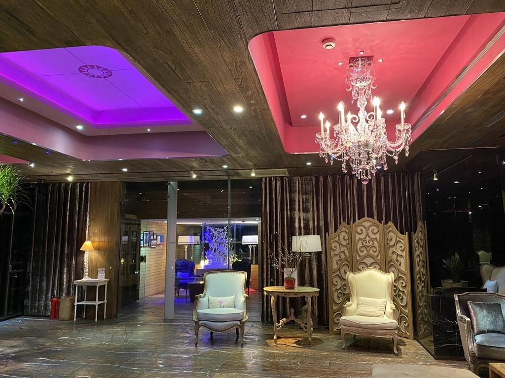 西門町住宿推薦-開箱薆悅酒店西寧館的豪華客房