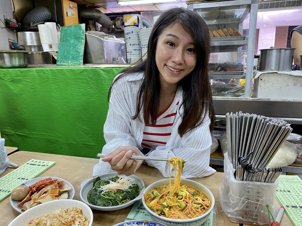 台北中正區素食推薦-修圓素食,台北車站附近的老牌素食餐廳