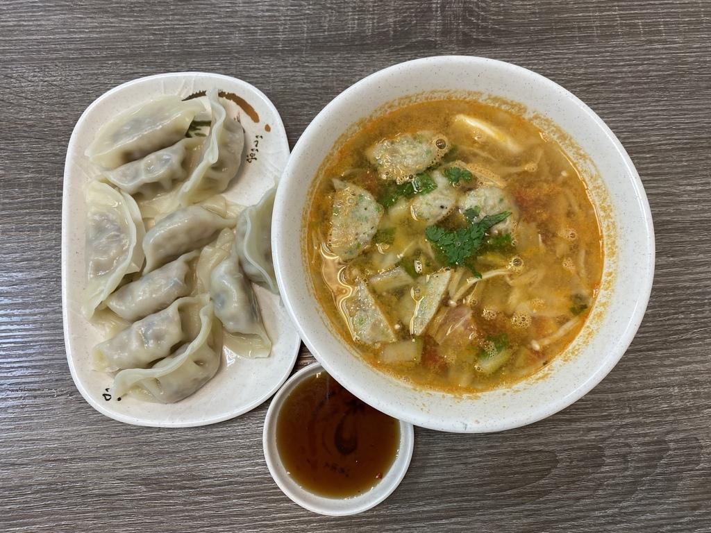 台北車站平價的泰式素食料理-泰之味素食