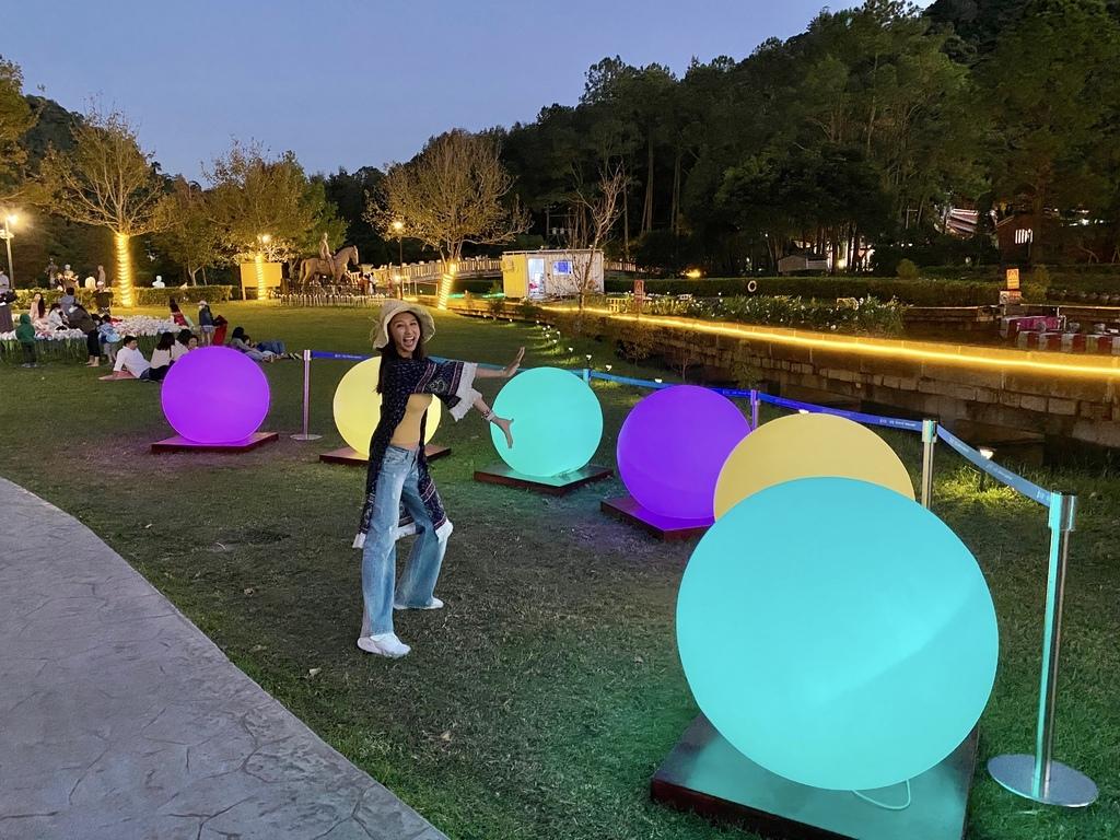 桃園大溪景點-夢幻的慈湖水舞秀就在慈湖紀念雕塑公園
