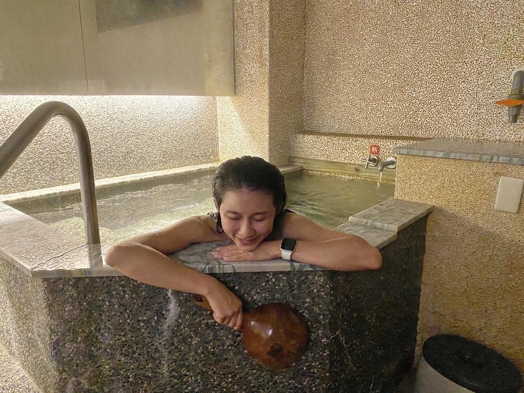 金山泡湯的好地方!在湯語雙泉館享受舒服的金山溫泉