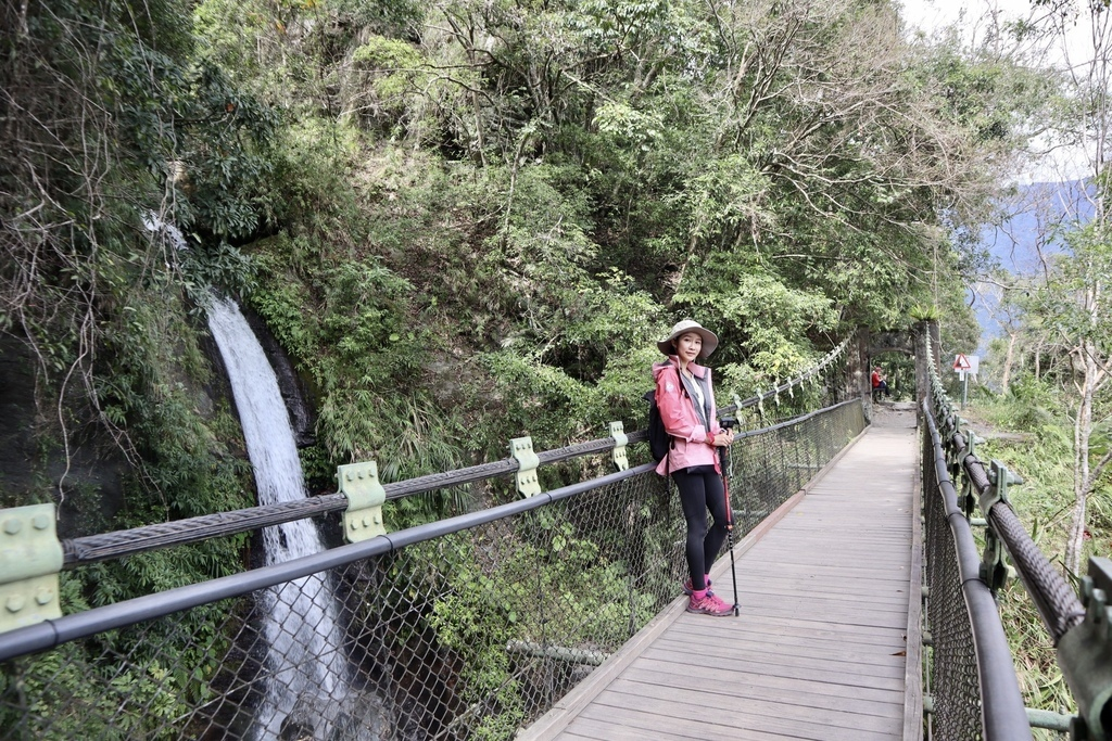 花蓮卓溪景點-走訪八通關古道東段(瓦拉米步道),觀賞山風瀑布、欣賞山風吊橋