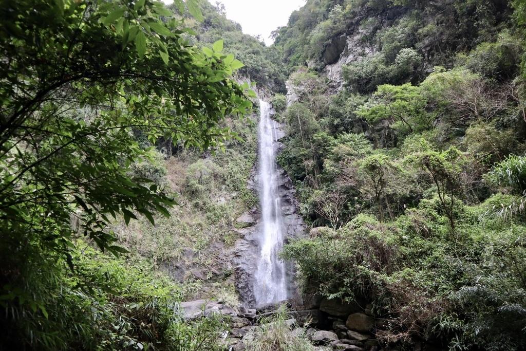 花蓮瀑布景點-瓦拉米步道的南安瀑布,只要走1分鐘就可以到的花蓮景點