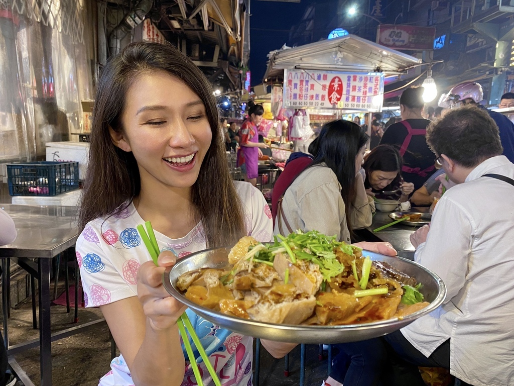 素食者到基隆廟口夜市必吃的素食料理-素食八寶冬粉