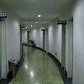 校區行政樓的辦公走廊